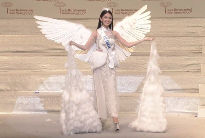 Lý do Á hậu Thuỳ Dung không đội mấn khi diễn trang phục dân tộc 1