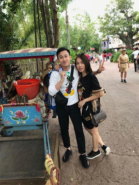 Hơn 20 năm ở Mỹ, đến giờ Hoài Linh và em út Dương Triệu Vũ mới đi du lịch chung 5