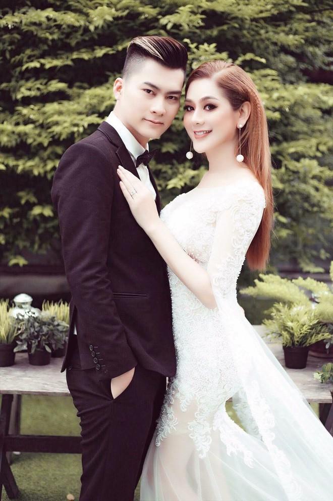 Hành trình gần 2 năm từ yêu tới cưới của ca sĩ chuyển giới Lâm Khánh Chi 4