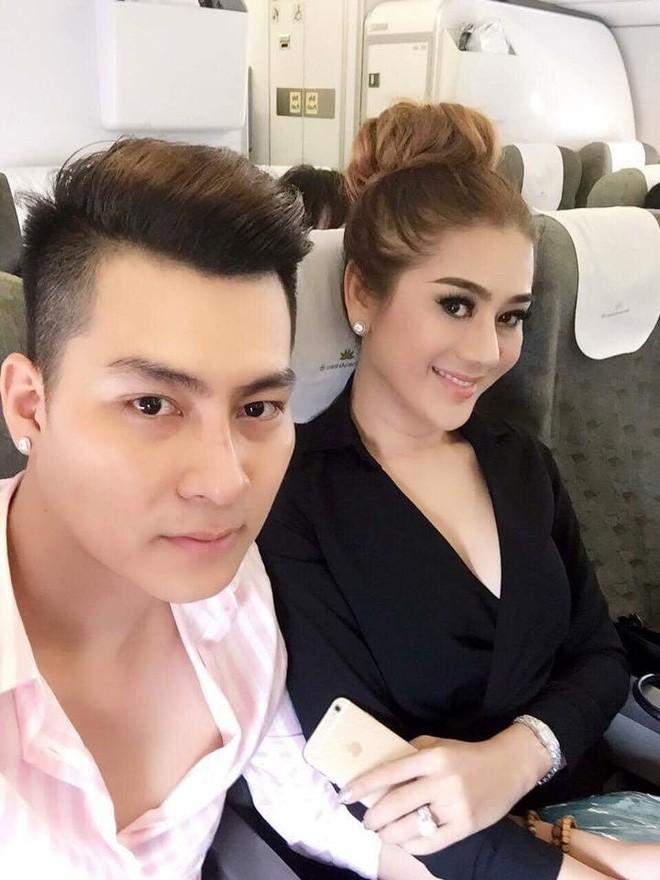 Hành trình gần 2 năm từ yêu tới cưới của ca sĩ chuyển giới Lâm Khánh Chi 17