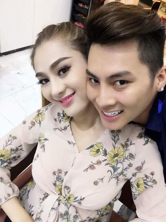 Hành trình gần 2 năm từ yêu tới cưới của ca sĩ chuyển giới Lâm Khánh Chi 19