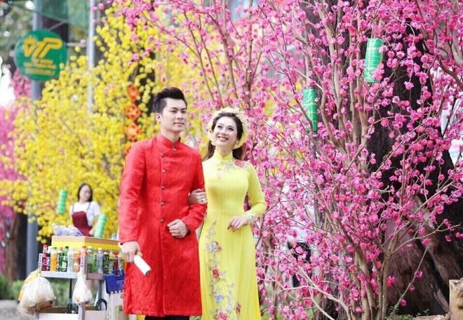 Hành trình gần 2 năm từ yêu tới cưới của ca sĩ chuyển giới Lâm Khánh Chi 6