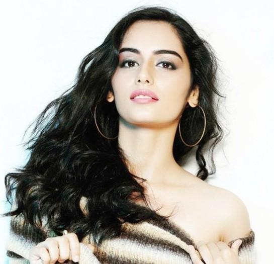 Nhan sắc quyến rũ hút hồn của mỹ nhân Ấn Độ vừa đăng quang Hoa hậu Thế giới 2017 2