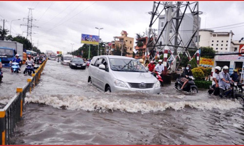 Hình ảnh Thủ tướng ra công điện chỉ đạo ứng phó khẩn cấp bão số 14 và mưa lũ số 1