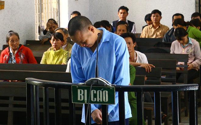 Bảo vệ mầm non hiếp dâm bé gái 4 tuổi lãnh án tù chung thân 1