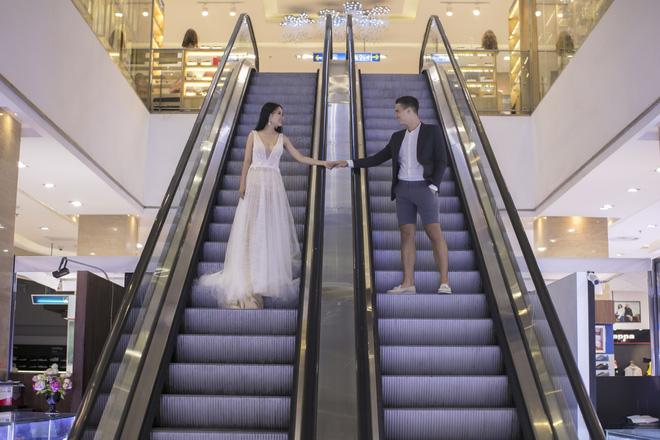 """Khiến MXH """"sục sôi"""" vì chụp ảnh cưới với chú rể đẹp như tài tử, cô dâu tiết lộ chuyện tình 1 năm ngọt ngào 4"""