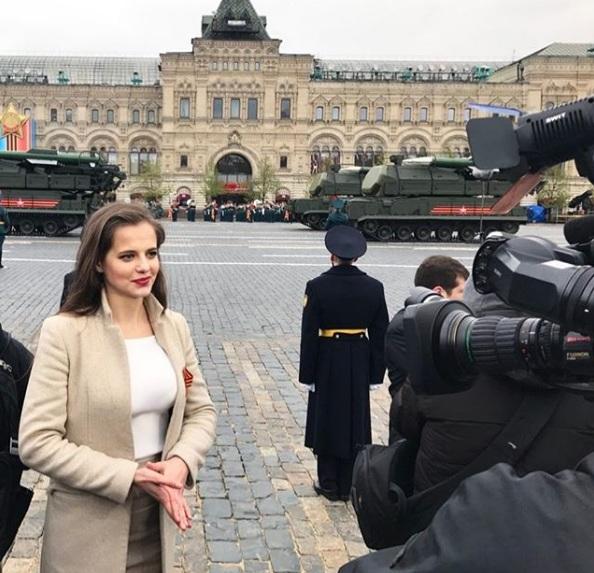 Nữ phát ngôn của Bộ trưởng Quốc phòng Nga gây sốt vì quá xinh đẹp 5