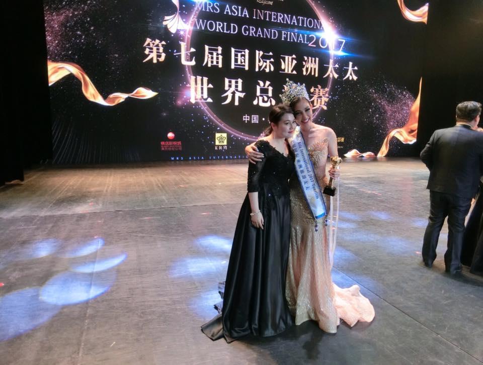 Người đẹp kéo chân dài 5cm đăng quang Hoa hậu Quý bà Châu Á 2017 3