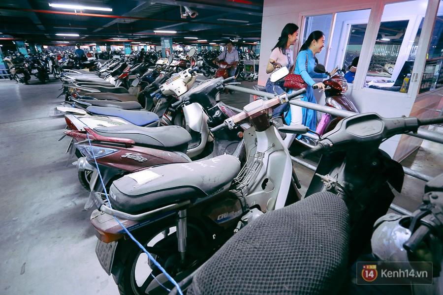 Hàng trăm chiếc xe máy quá hạn vì gửi 2 năm không ai nhận, nhà xe sân bay Tân Sơn Nhất thiệt hại nửa tỉ đồng 9