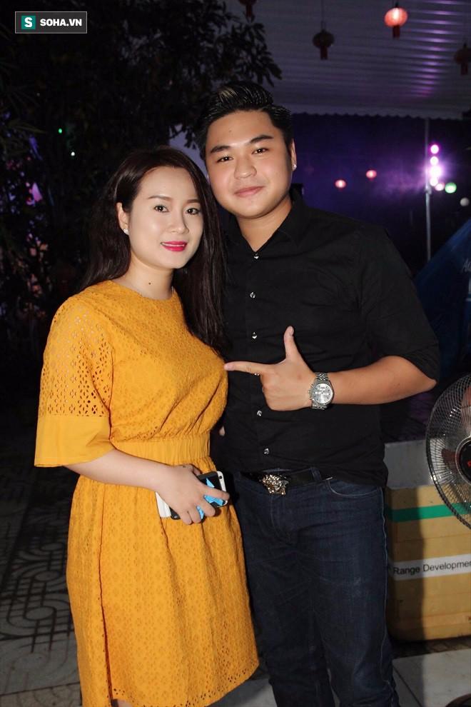 Con trai Lê Giang: Mẹ ham chơi, bỏ con ở nhà đi vũ trường bị ba đánh từ trên lầu đánh xuống 6