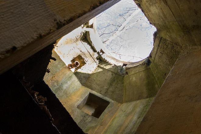 Thâm nhập hầm trú ẩn bí mật của Hitler sâu 30m dưới lòng đất: Đội thám hiểm bị ám ảnh 10