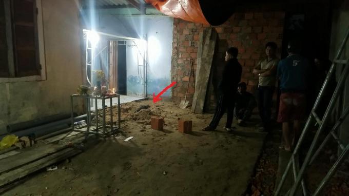 Hình ảnh Manh mối nào giúp CQĐT xác định kẻ chôn giấu xác bạn dưới nền nhà? số 1