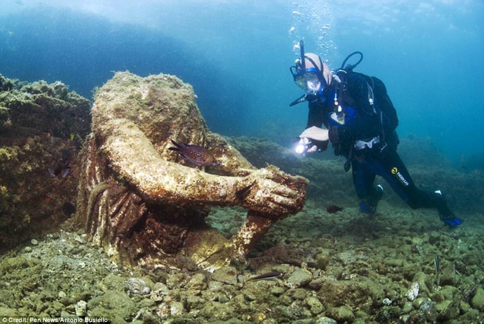Phát hiện thành phố của giới siêu giàu La Mã cổ đại chìm dưới đáy biển 1