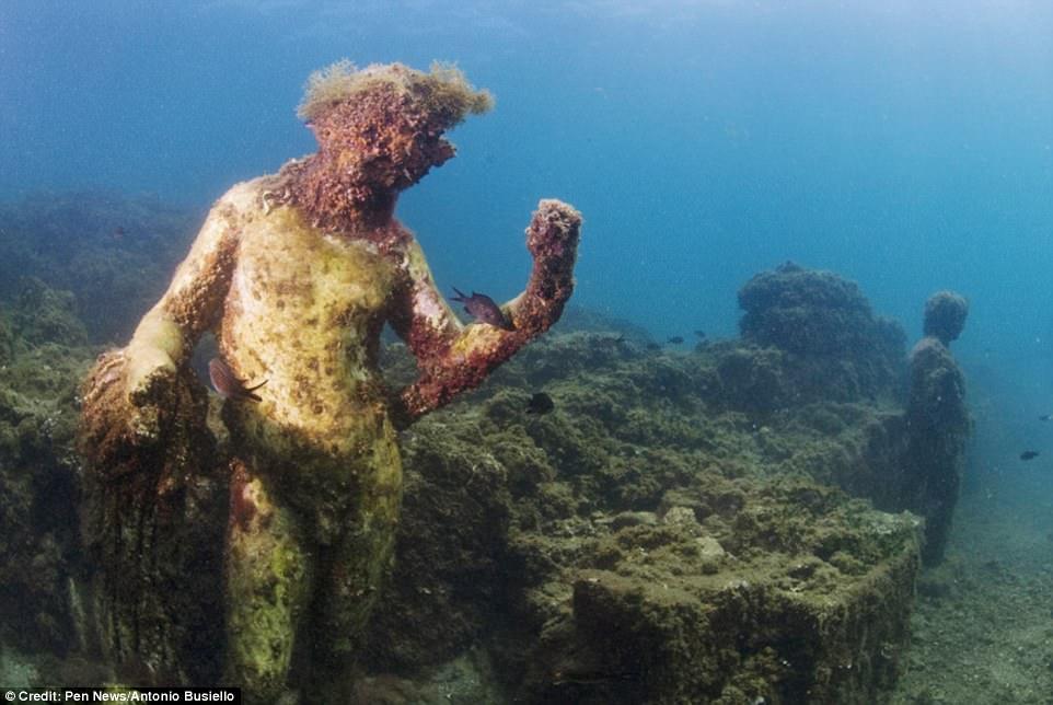 Phát hiện thành phố của giới siêu giàu La Mã cổ đại chìm dưới đáy biển 5