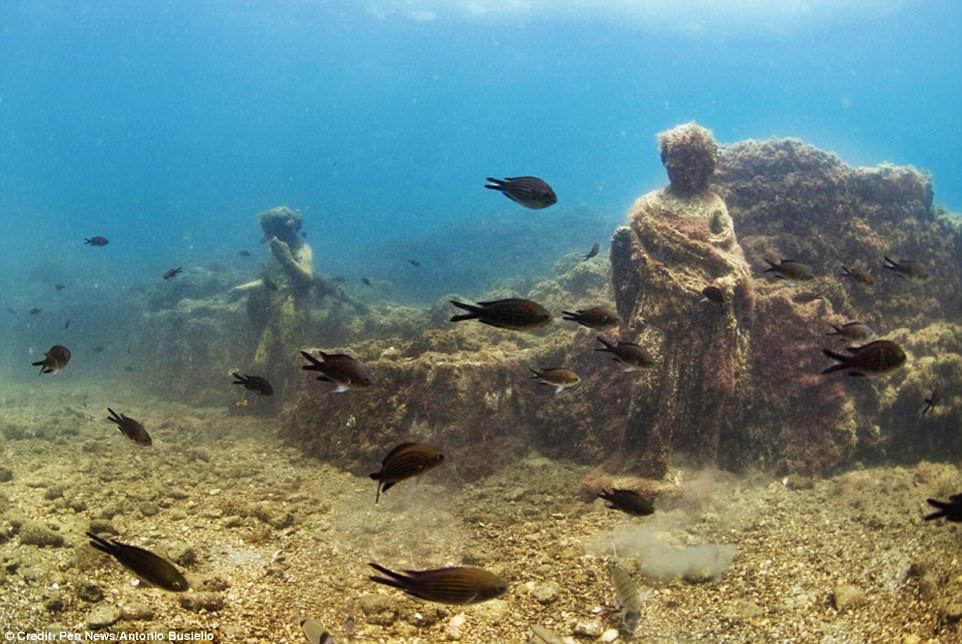 Phát hiện thành phố của giới siêu giàu La Mã cổ đại chìm dưới đáy biển 6