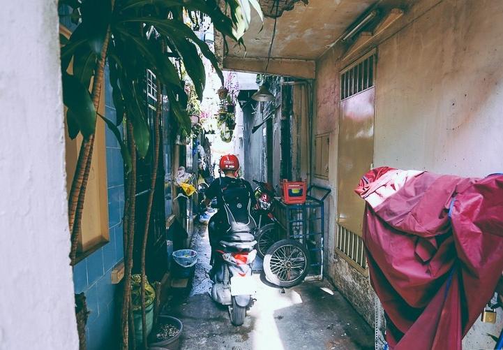 Từ vụ cháy nhà trong hẻm nhỏ khiến 3 mẹ con tử vong ở Sài Gòn: Thấp thỏm sống trong những con hẻm chỉ vừa một người đi 6