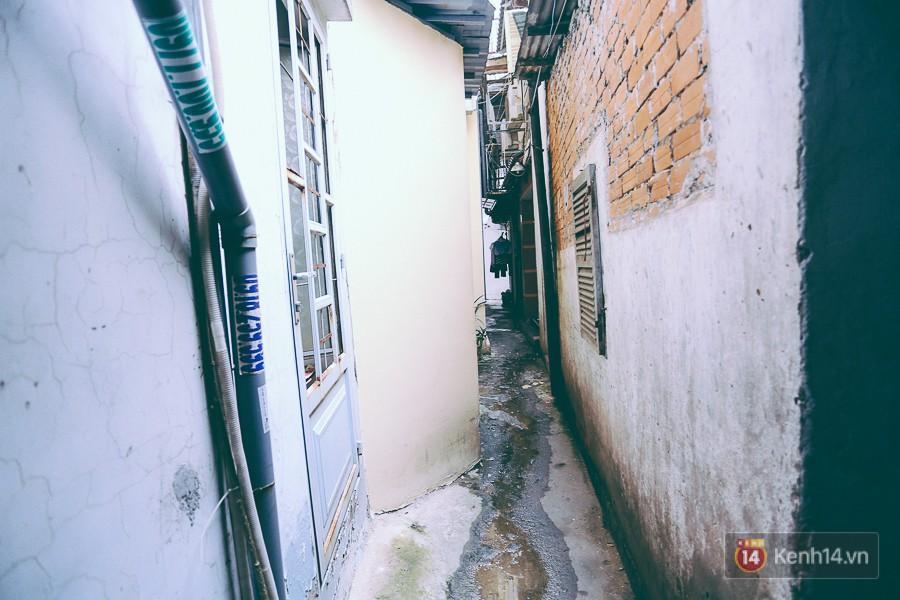 Từ vụ cháy nhà trong hẻm nhỏ khiến 3 mẹ con tử vong ở Sài Gòn: Thấp thỏm sống trong những con hẻm chỉ vừa một người đi 9
