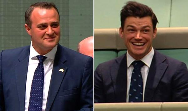 Hình ảnh Màn cầu hôn ngọt ngào của Hạ nghị sĩ với bạn trai đồng giới số 2
