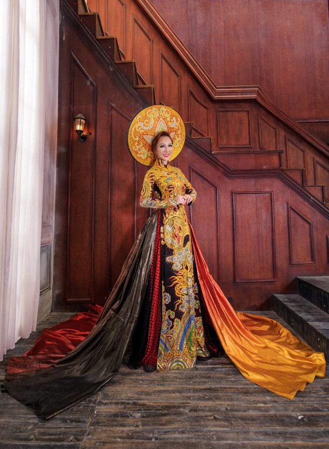 Hình ảnh Số lượng Hoa hậu đăng quang ngày hôm nay đã lên đến con số 7! số 13