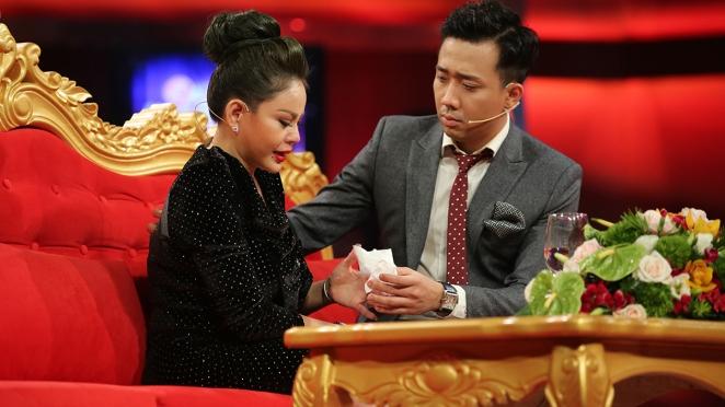 Hình ảnh Bất ngờ với động thái của nhà đài HTV sau vụ Lê Giang khóc lóc tố chồng số 1