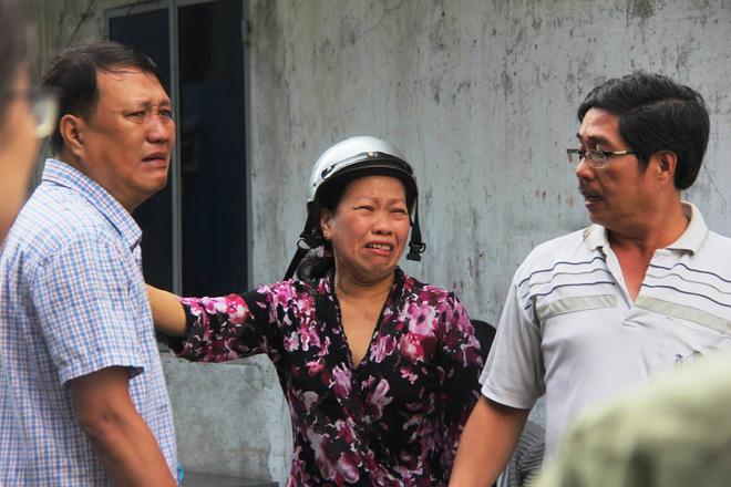 Từ vụ cháy nhà trong hẻm nhỏ khiến 3 mẹ con tử vong ở Sài Gòn: Thấp thỏm sống trong những con hẻm chỉ vừa một người đi 1