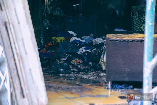 Từ vụ cháy nhà trong hẻm nhỏ khiến 3 mẹ con tử vong ở Sài Gòn: Thấp thỏm sống trong những con hẻm chỉ vừa một người đi 3