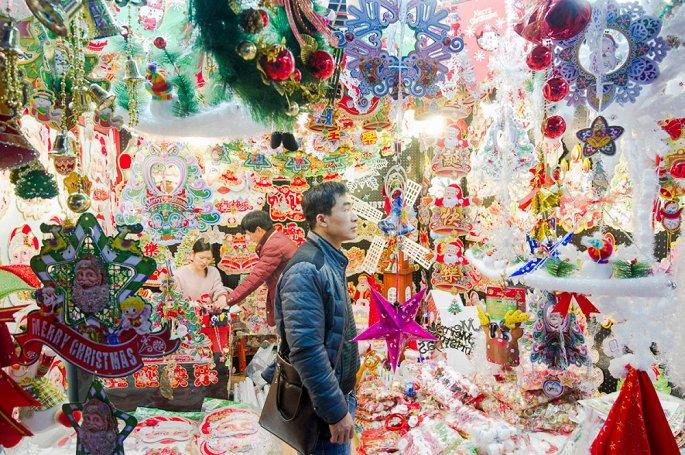 Đột nhập ngôi làng cung cấp Giáng sinh cho cả thế giới 3