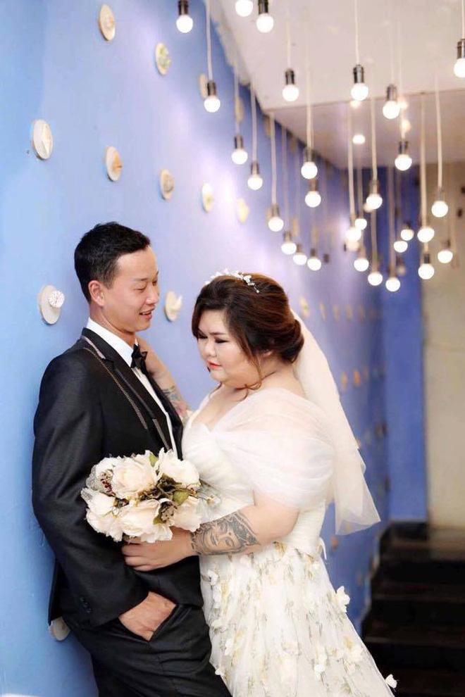 Vỗ béo người yêu từ 90kg lên 120kg rồi mới cưới, ông chồng của năm đây rồi! 2
