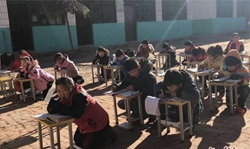 Rét 0°C, trường học bắt học sinh quỳ học ngoài trời 1