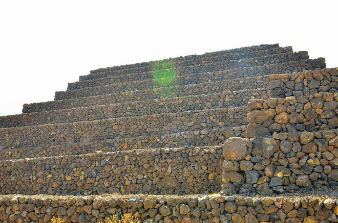 Phát hiện loạt kim tự tháp bí ẩn ở Tây Ban Nha: Nhà thám hiểm đang truy tìm nguồn gốc 2