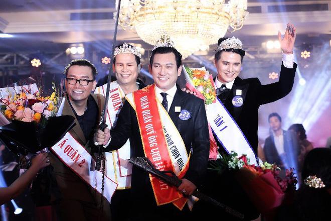 Các chị Hoa hậu hãy xê ra, giờ là lúc vương miện được đội lên đầu các quý ông! 3