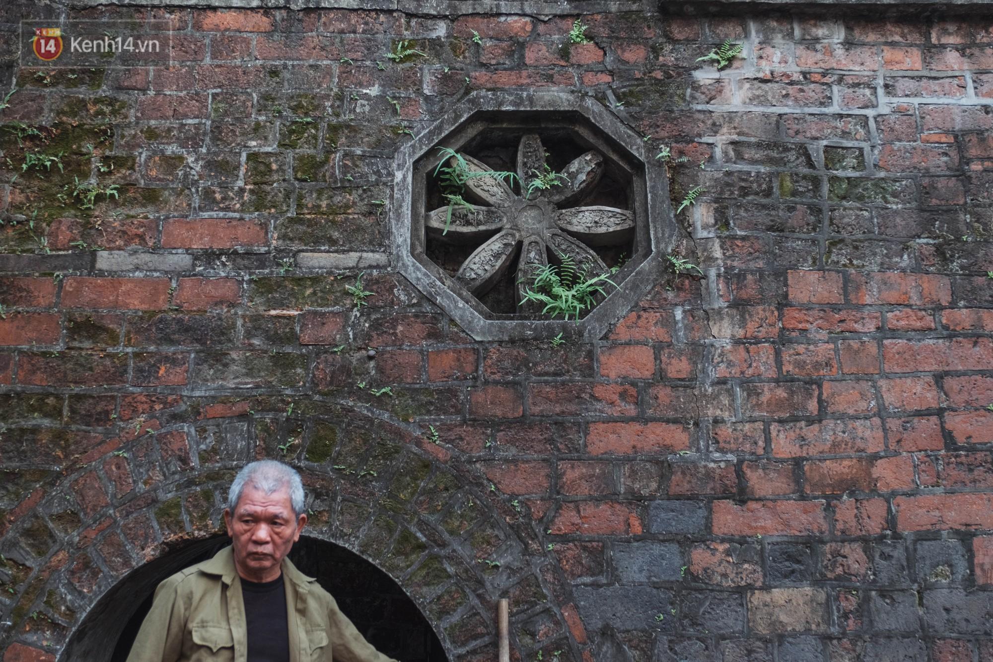 Chuyện người đàn ông ở Hà Nội 20 năm canh giữ cửa ô duy nhất còn lại của kinh thành Thăng Long xưa 8