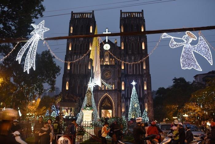 Những địa điểm đi chơi Noel 2017 hấp dẫn nhất tại Hà Nội 1