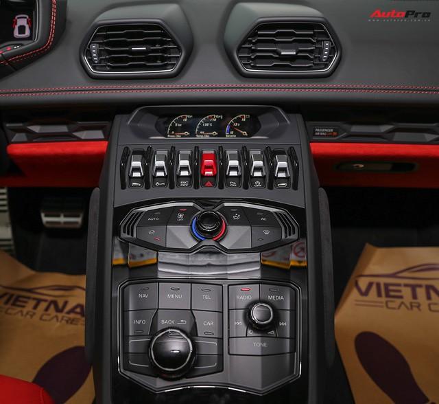 Lamborghini Huracan màu đen đầu tiên Việt Nam đã có chủ nhân 4
