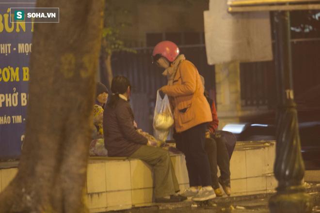 Người vô gia cư Hà Nội, những ngày giá lạnh này họ ở đâu? 12