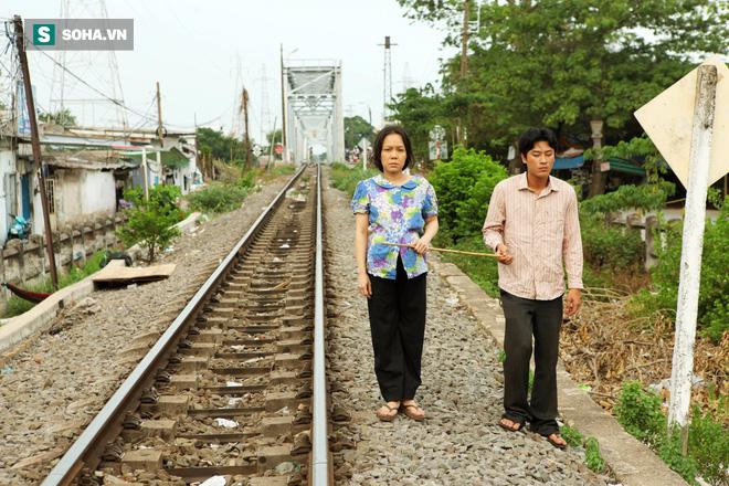 Việt Hương khắp người bầm tím, chân chảy máu vì đóng cảnh bị cưỡng bức 4