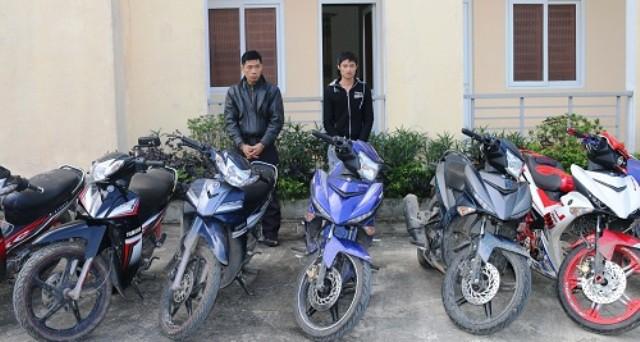Chồng lấy thẻ nhân viên của vợ, ngang nhiên vào công ty trộm 21 chiếc xe máy 1