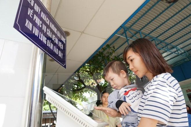 Từ năm 2018, Hà Nội sẽ triển khai ki ốt đánh giá chất lượng bệnh viện 1