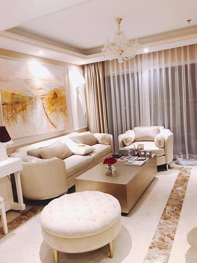 Hình ảnh hiếm hoi về căn hộ mà Hoa hậu Phạm Hương mới