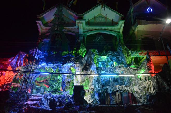 Mãn nhãn với những hang đá độc đáo chào đón Noel tại Nam Định 3