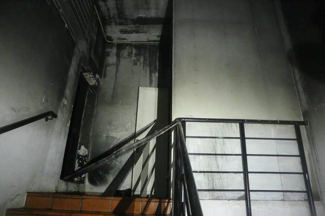 Bên trong tầng 25 - nơi phát ra đám cháy tại chung cư cao cấp 1