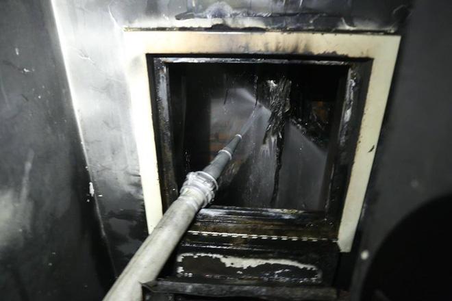 Bên trong tầng 25 - nơi phát ra đám cháy tại chung cư cao cấp 8