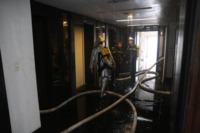 Bên trong tầng 25 - nơi phát ra đám cháy tại chung cư cao cấp 12
