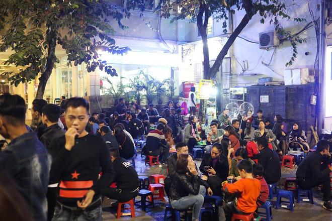 Giáng sinh 2017: Nhà thờ lớn Hà Nội chật cứng người, nhiều nơi tắc nghẽn 23