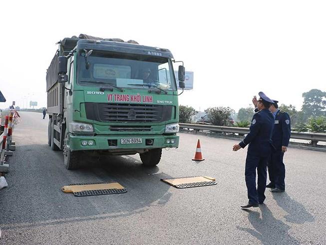Mới nhất vụ sếp bị tố bảo kê xe tải: Hoãn họp với người  tố cáo 1