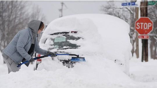 Bắc Mỹ lạnh tới -40 độ C, 9 người chết 1