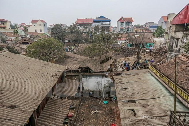 Tan hoang làng Quan Độ sau vụ nổ bom kinh hoàng 8