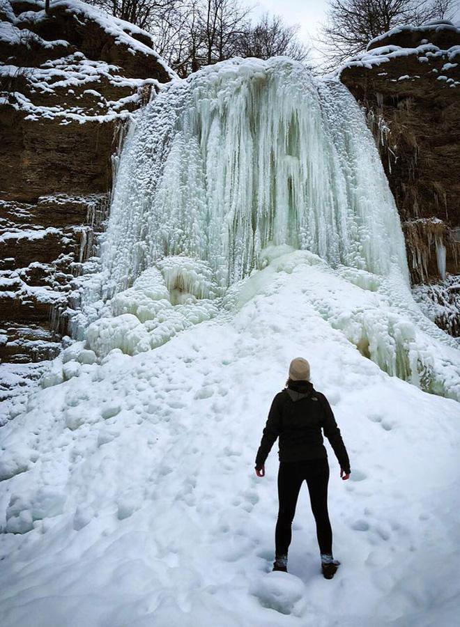 16 cảnh đóng băng giúp bạn thấu hiểu sức mạnh dữ dội của giá lạnh trời Tây - Ảnh 16.