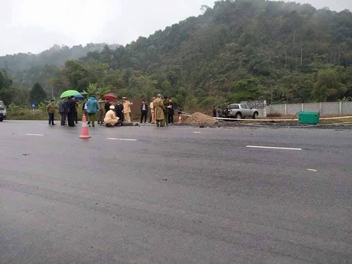 Thông tin bất ngờ về hiện trường vụ ô tô đâm chết 5 công nhân làm đường 1