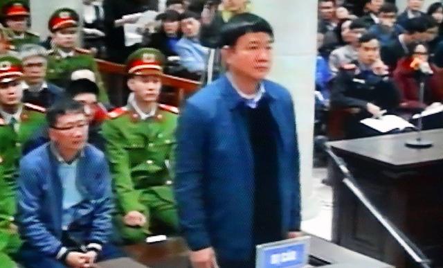 Những hình ảnh đầu tiên của ông Đinh La Thăng, Trịnh Xuân Thanh trong ngày đầu xét xử 3